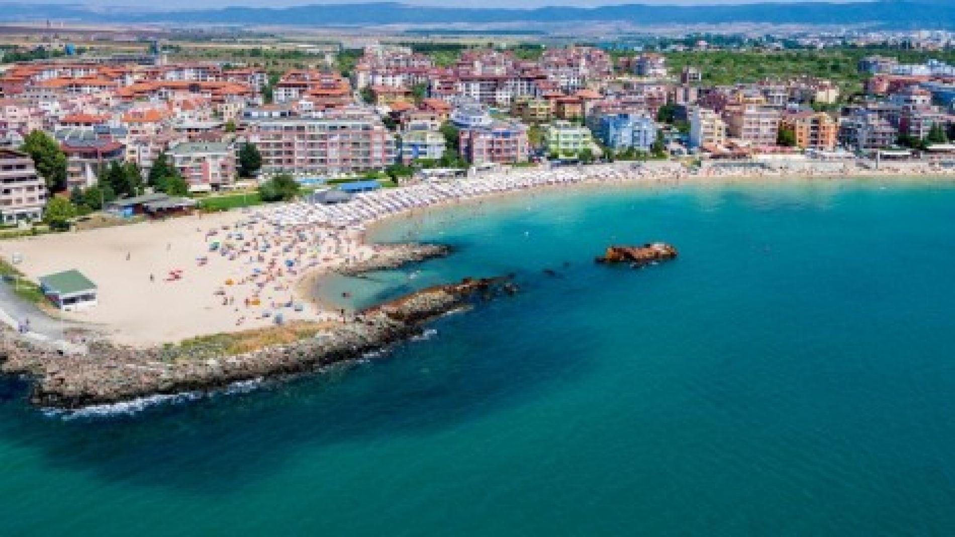Многочисленные закрытые объекты на берегу Черного моря, россияне массово продают свои дома