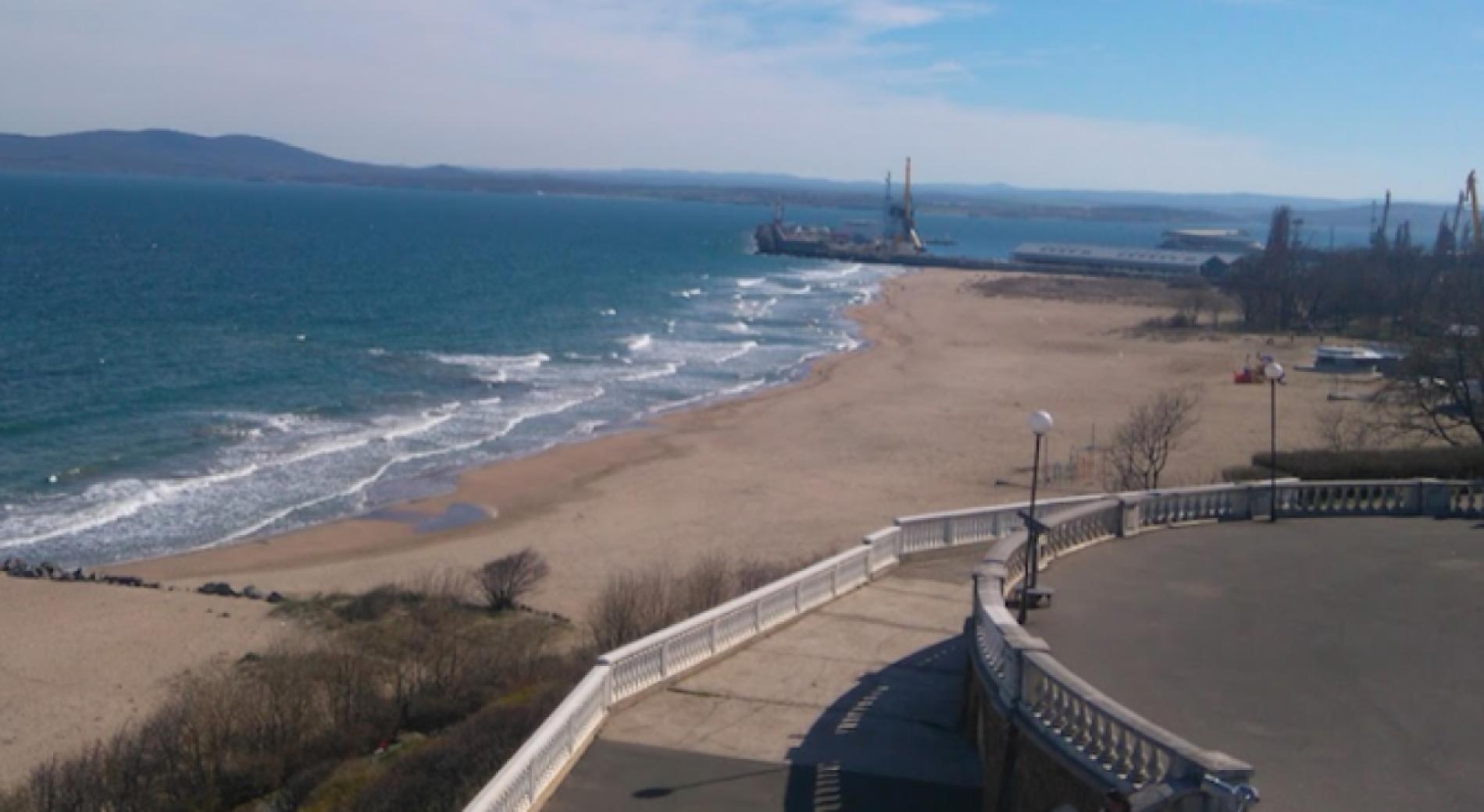 Сломали бинокль на террасе Бургасского культурного центра «Морское казино»