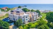 Недвижимость в комплексе Бель Эпок Амбелиц-Бич в Лозенец в Болгарии