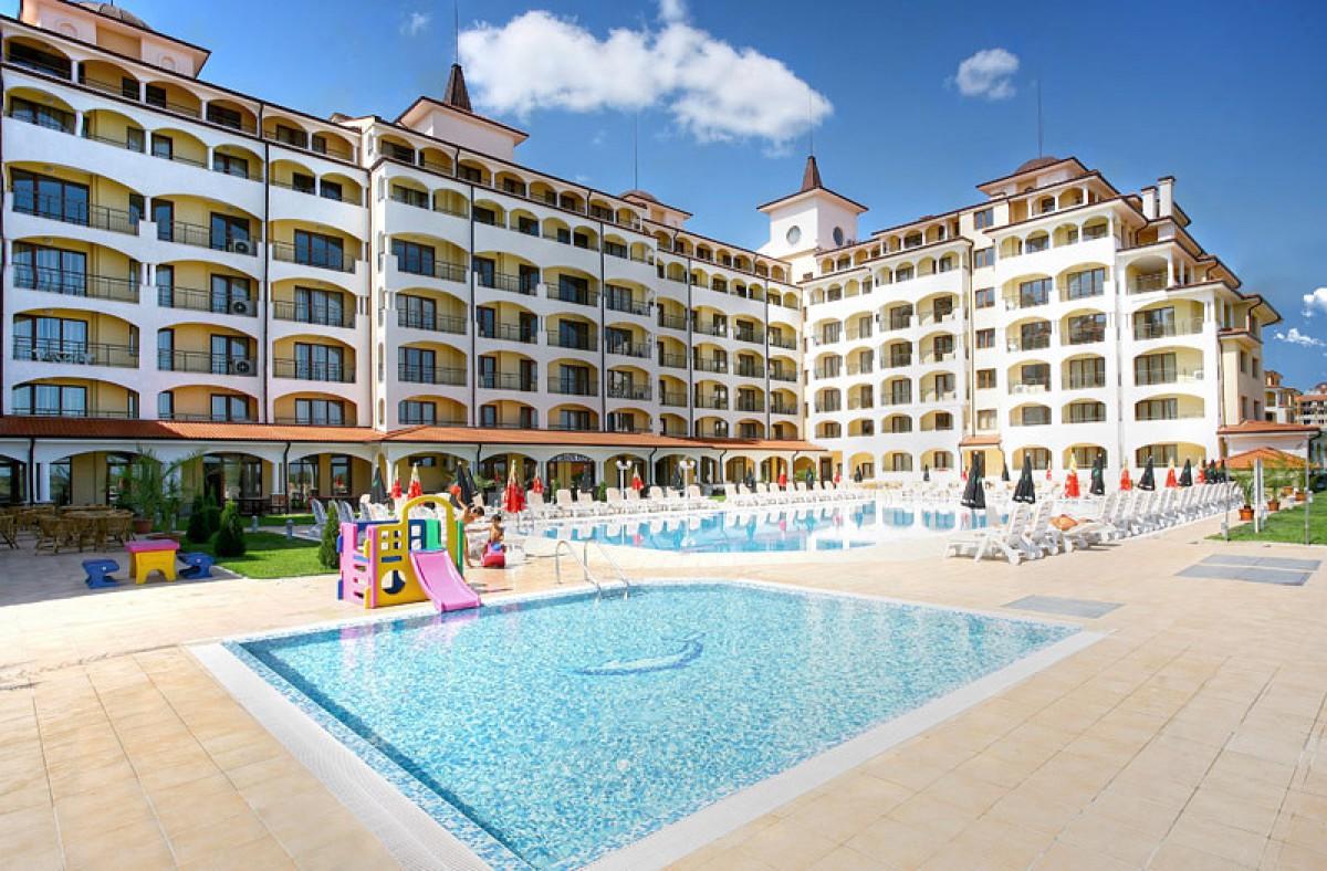 Двухкомнатная квартира в Санрайз Обзор Болгария