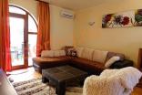 Просторная гостиная в Вилла Романа в Елените в Болгарии