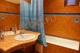 Оборудованный санитарный узел в Вилла Романа в Елените в Болгарии