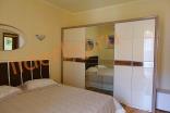 Приятная меблировка в третьей спальне на втором этаже в Вилла Романа в Елените