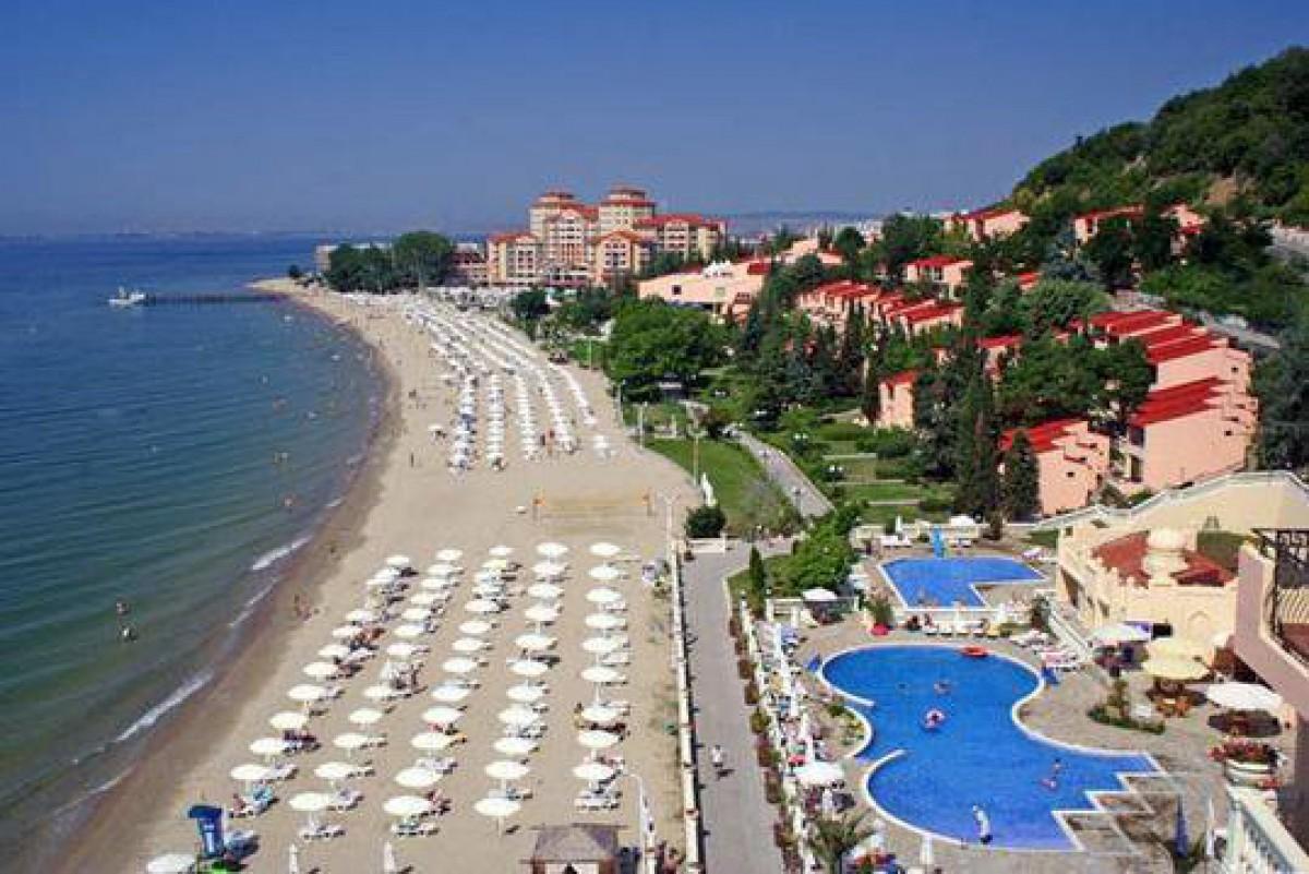 Пляж в Вилла Романа в Елените в Болгарии