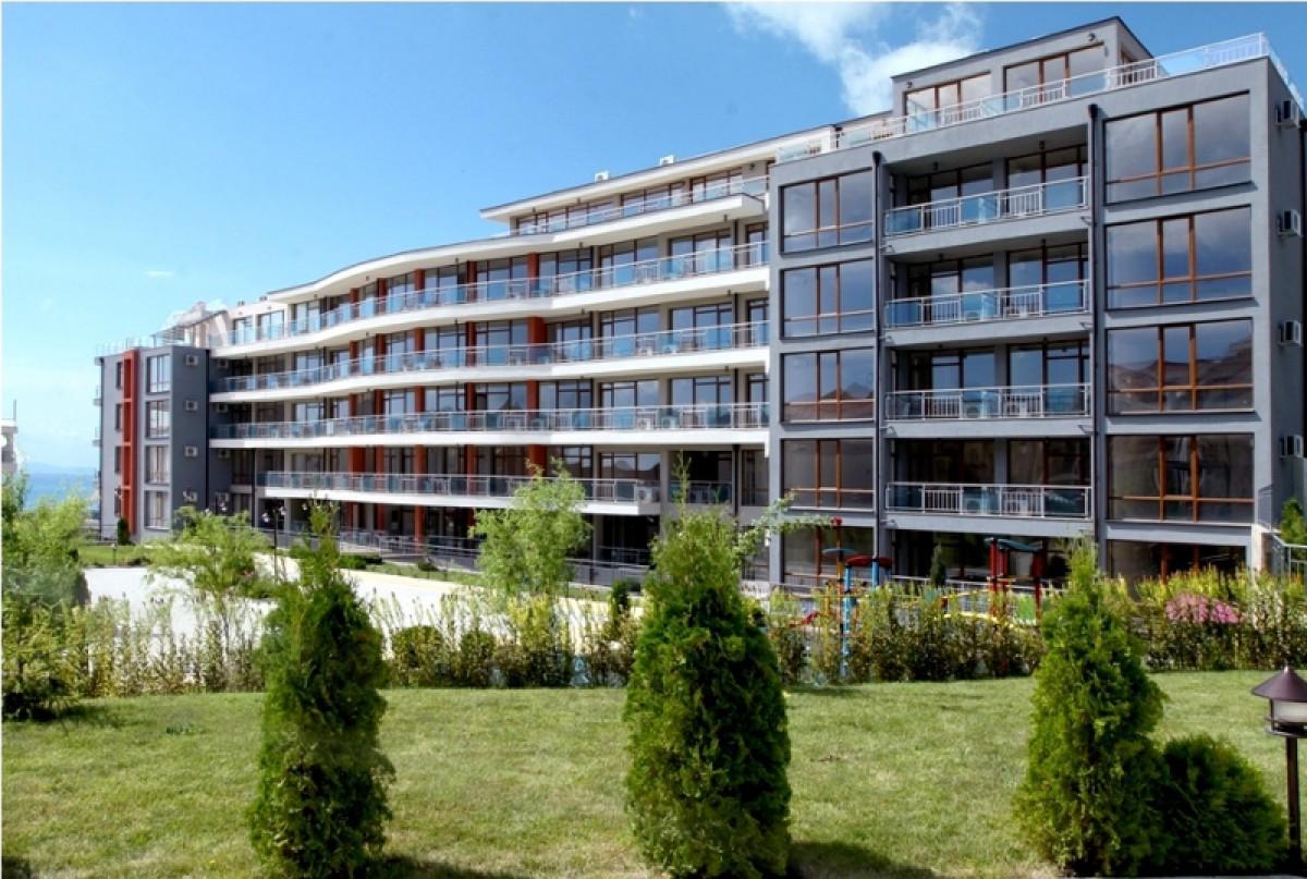 Недвижимость в Болгарии в Святом Власе в комплексе Сан Уейв