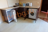 Кухонная зона в студии комплекса Роуз Гарденс на Солнечном берегу в Болгарии