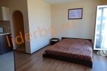 Спальная зона в студии комплекса Роуз Гарденс на Солнечном берегу в Болгарии