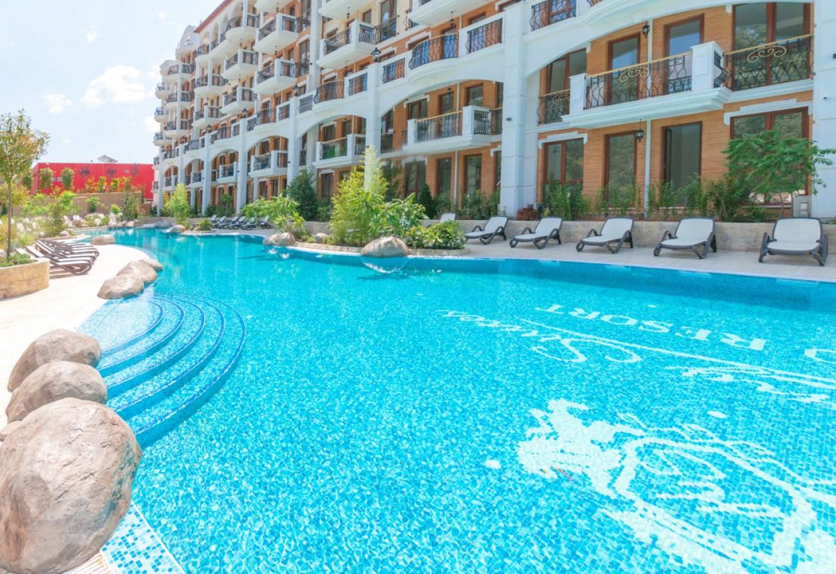 Комплекс Harmony Suites 11-12 Grand Resort на Солнечном берегу в Болгарии
