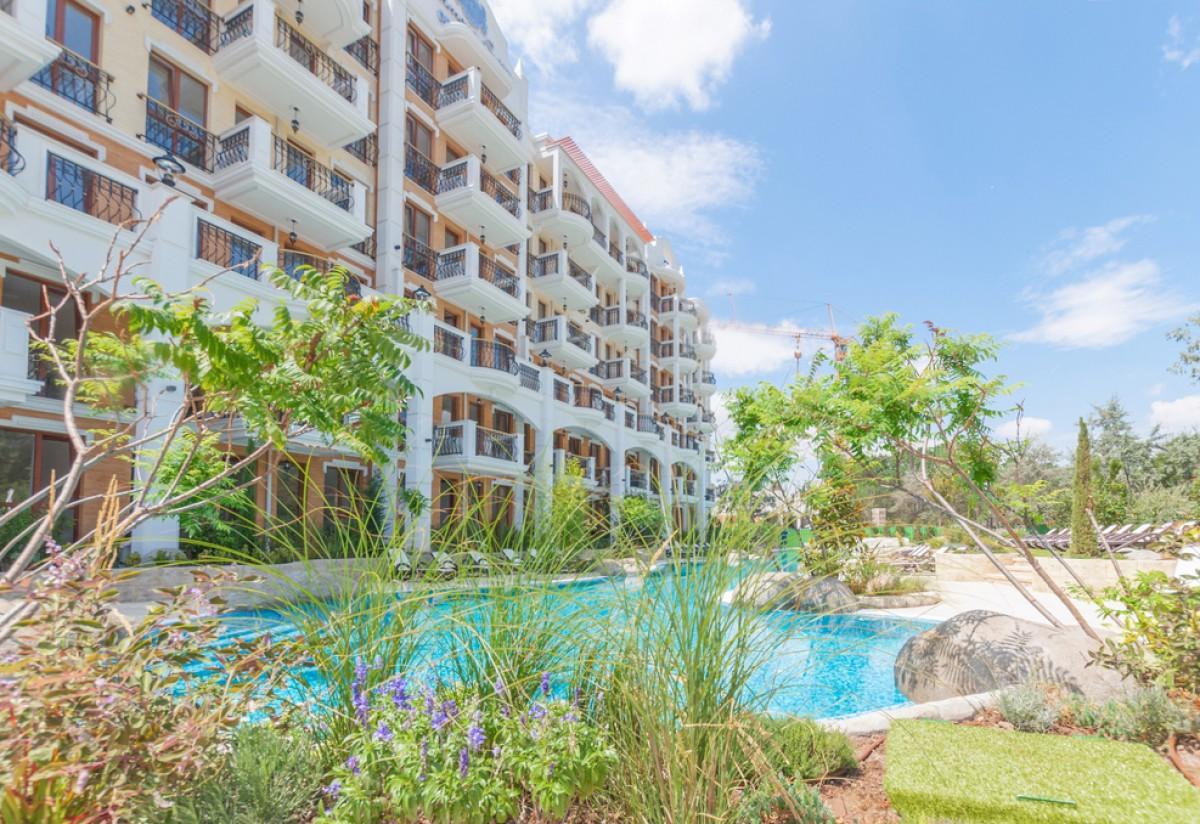Апартаменты в комплексе Хармони Сьютис на Солнечном берегу в Болгарии