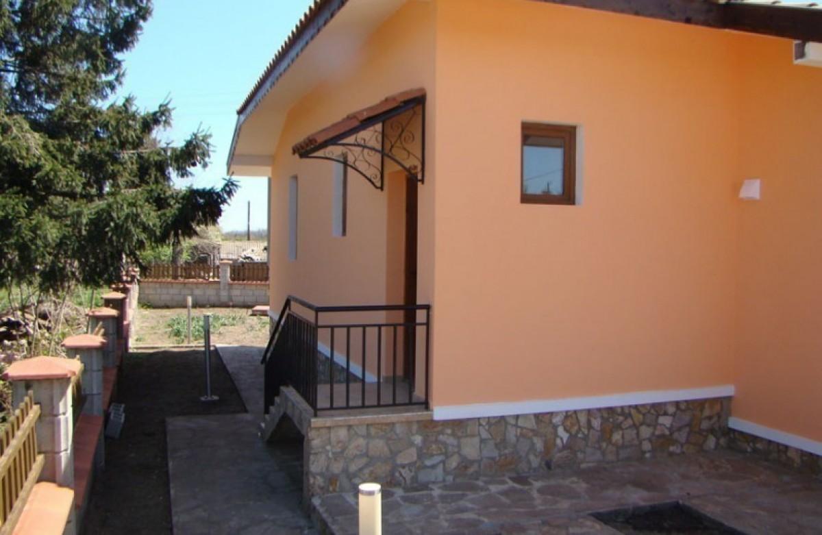 Недвижимость в Болгарии Балчик Дом с участком