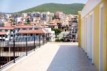 Террасы с видом на море и горы в комплексе Гранд Вилла в Святом Власе в Болгарии