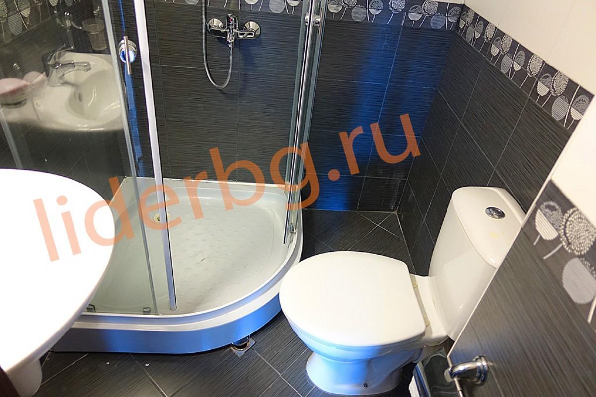 Оборудованый санитарный узел в квартире комплекса Какао Резиденс на Солнечном берегу в Болгарии