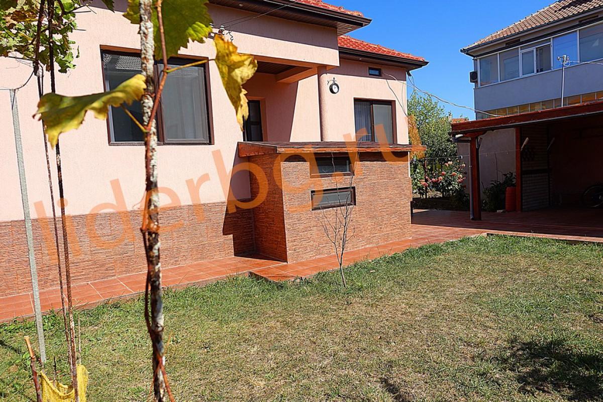 Дом в Болгарии в Каварне для постоянного проживания