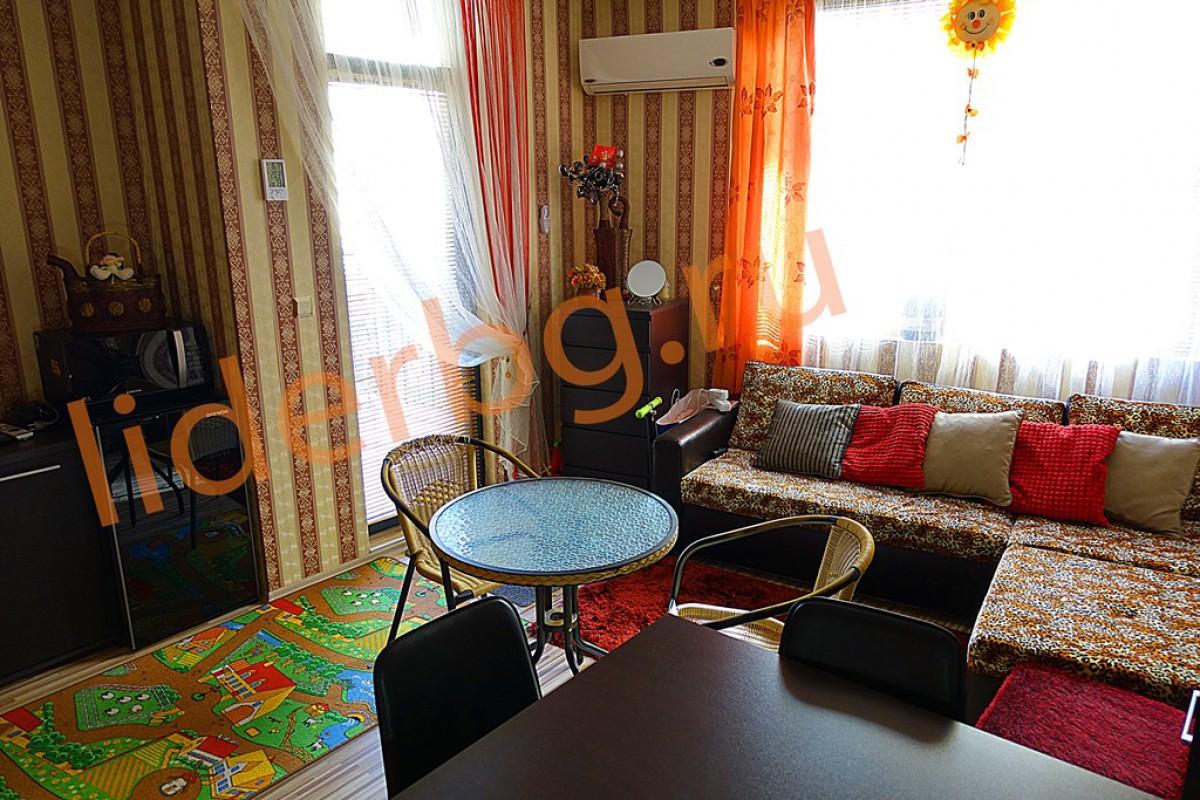 Недорогая двухкомнатная квартира в комплексе Авалон Солнечный берег Болгария