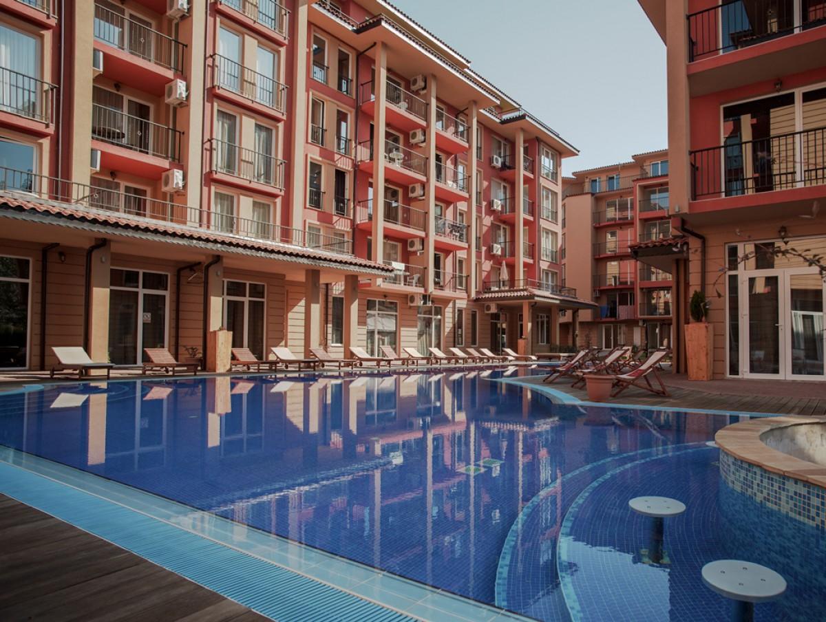Квартиры в комплексе Сани Вью Централ на Солнечном берегу в Болгарии