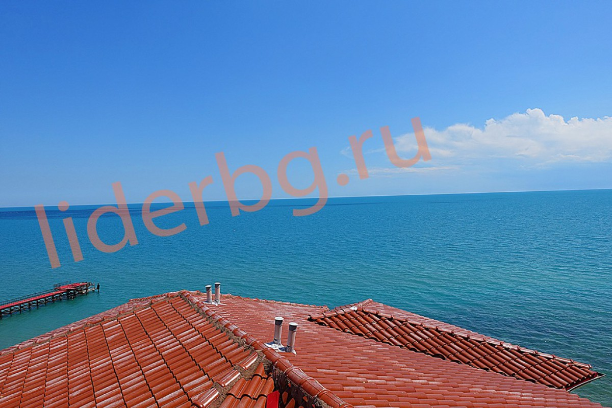 Двухкомнатная квартира с видом на море в Атриум в Елените Болгария