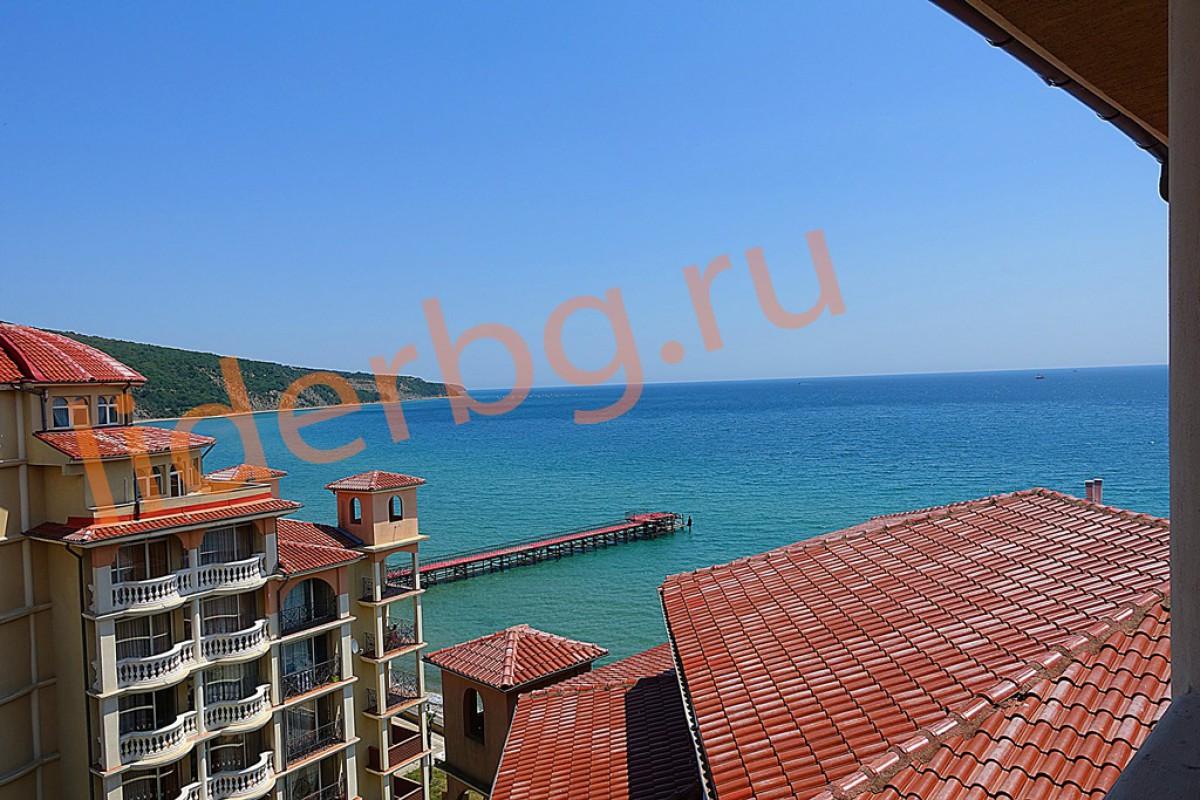 Двухкомнатная квартира с видом на море в Елените Болгария