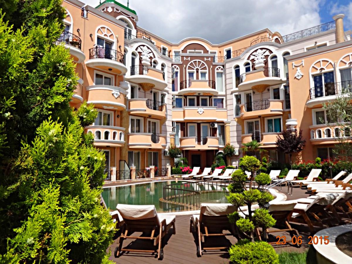 Комплекс Мелия 8 в Равда Болгария