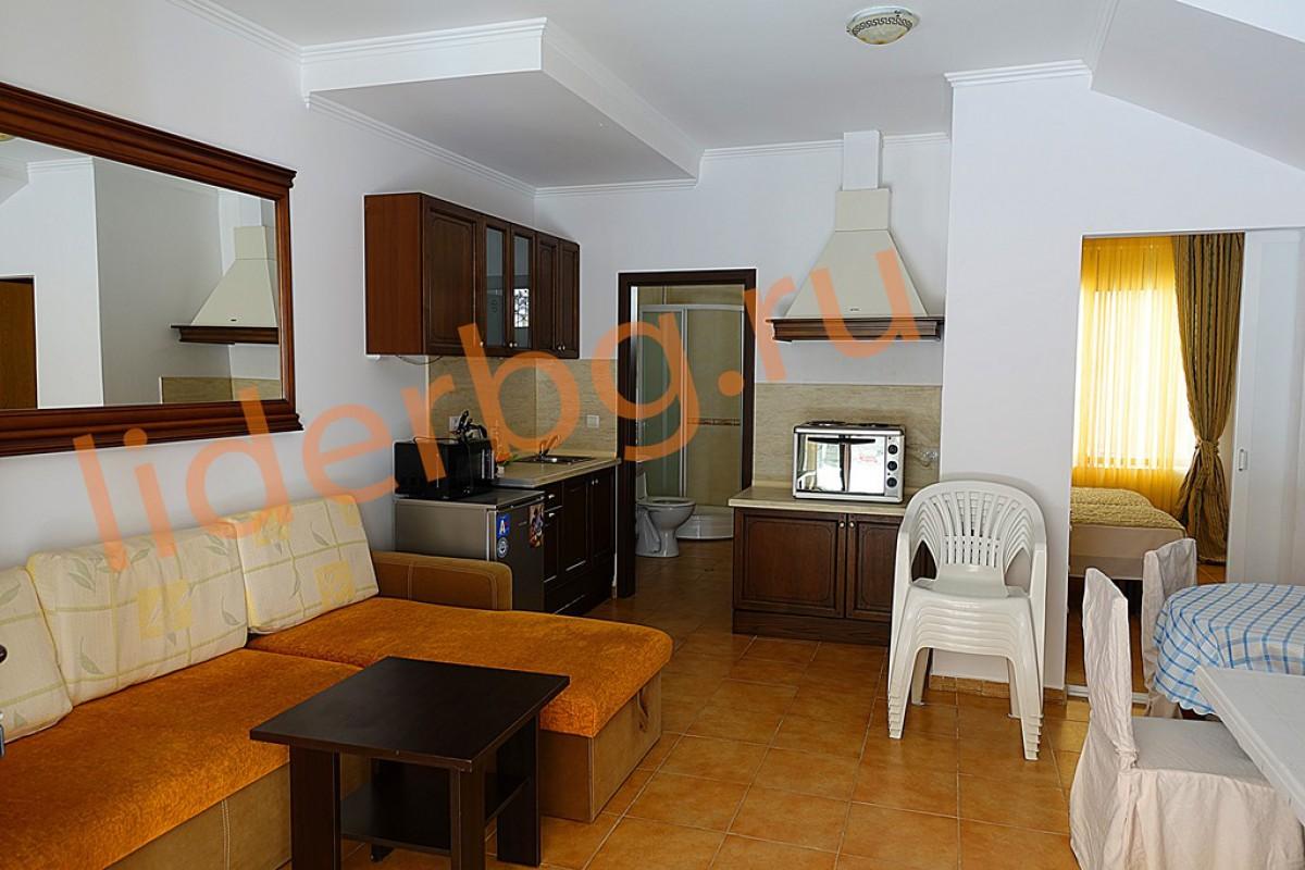 Недвижимость в Болгарии в Елените в Виллы Романа