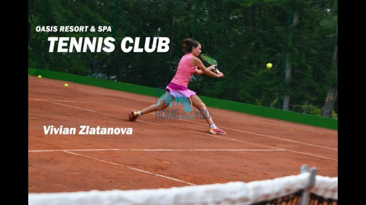 Тенис корт в Оазис Резорт СПА в Лозенец Болгария