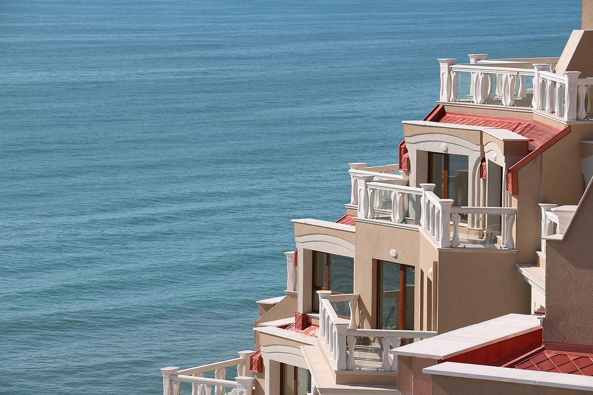 Квартиры с видом на море в Золотых песках Болгария