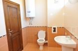Оборудованный санитарный узел в квартире комплекса Хелиос в Святом Власе Болгария