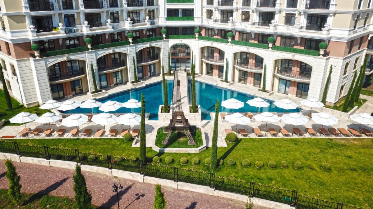 Квартиры в комплексе Романс Париж в Святом Власе Болгария