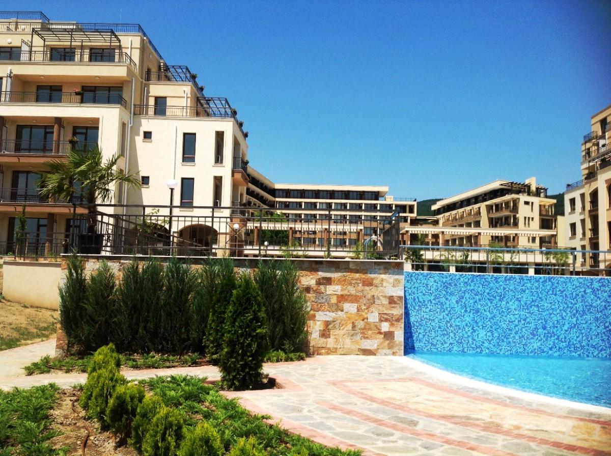 Апартаменты в Святом Власе Болгария комплекс Соренто Соло Маре