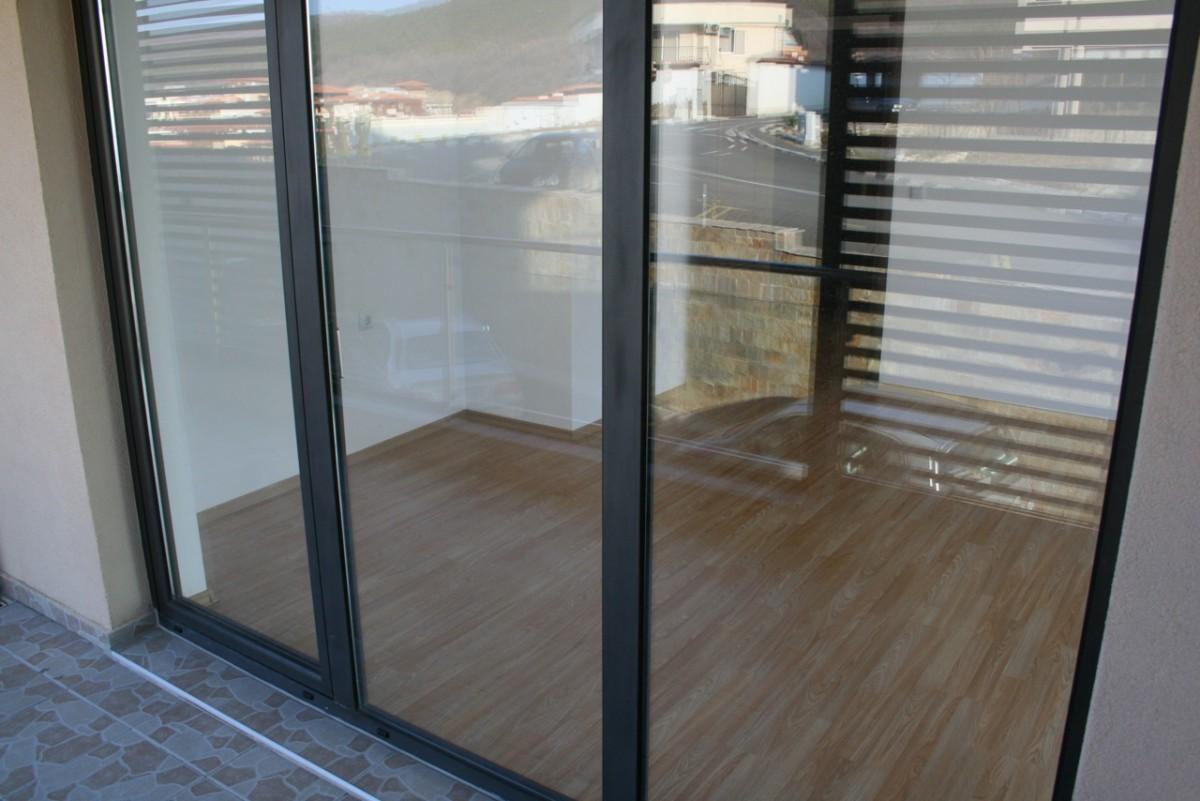 Французские окна в квартирах комплекса Долче Вита 2 в Святом Власе Болгария