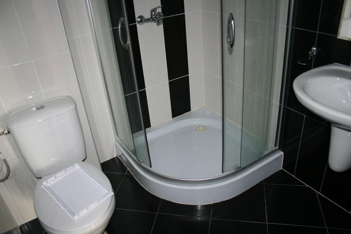 Оборудованный санитарный узел в квартире комплекса Долче Вита 2 в Святом Власе в Болгарии