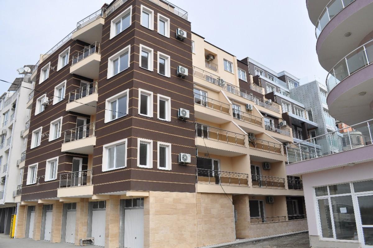 Квартиры в жилом доме в жилом доме в Поморие Болгария