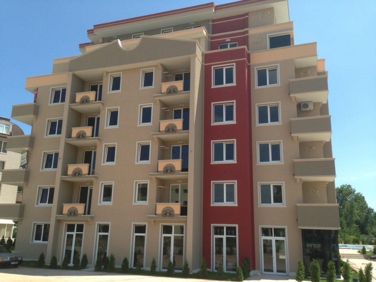 Недвижимость в Болгарии на Солнечном берегу в комплексе ВИП Зона