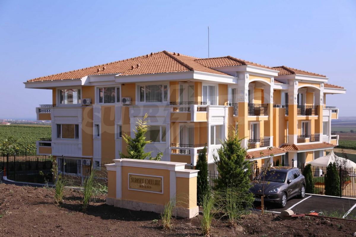 Апартаменты квартиры студии в комплексе Сансет Делюкс-Маритима в Кошарице Болгария