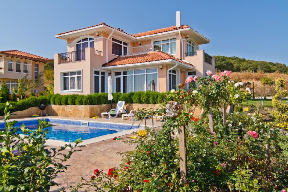 Недвижимость в Болгарии вилла