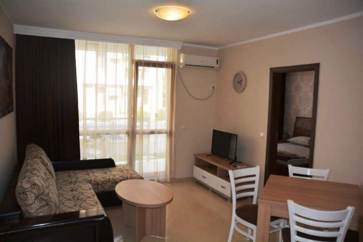 Двухкомнатная квартира в Риф 2 в Равда Болгария